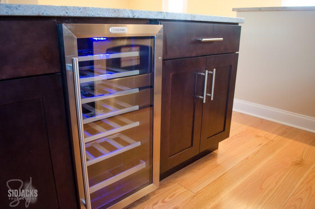 Elegant expresso 1 min 1 1024x679 - Entrepot-cuisine-GALERIE-armoires de cuisine